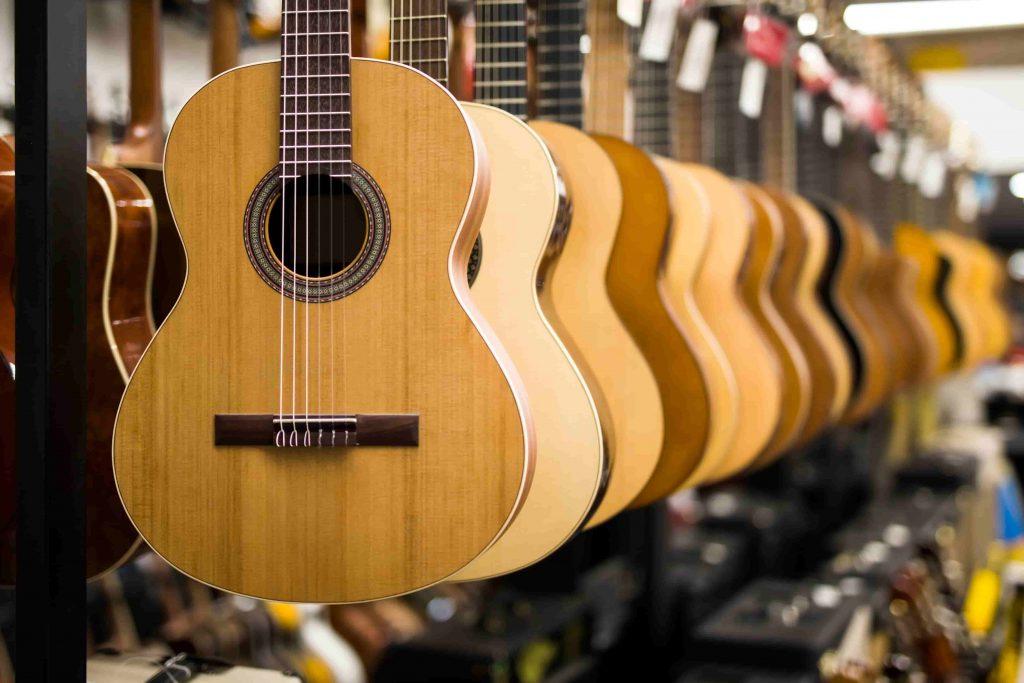 تاریخچه ساخت گیتار