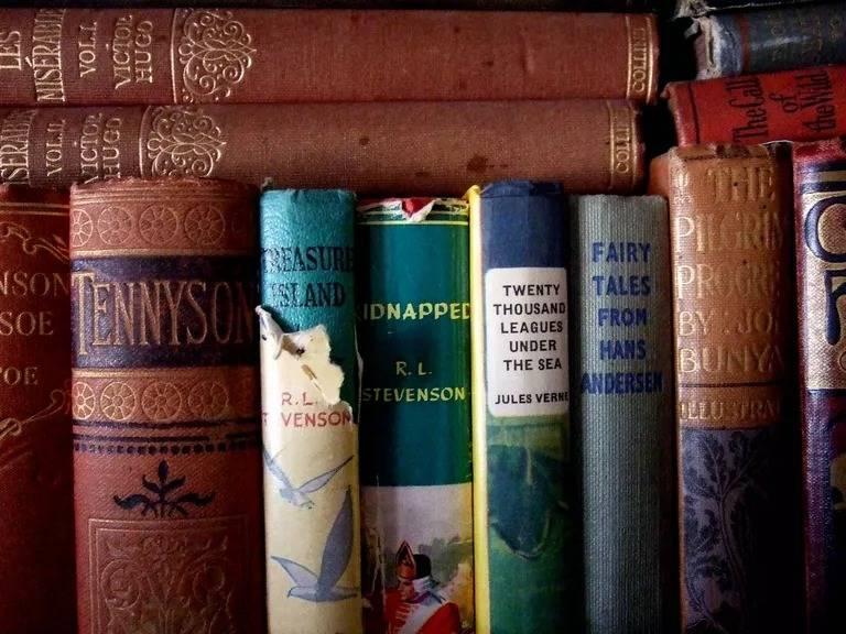 ادبیات کلاسیک