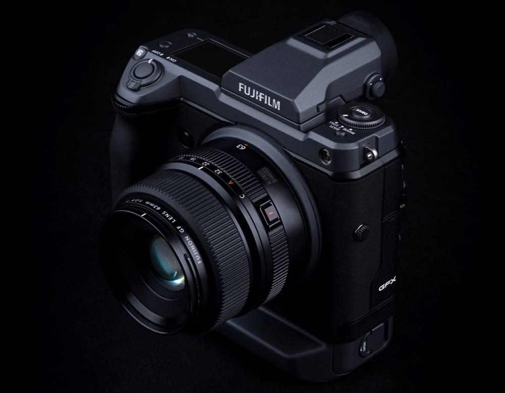 دوربینFujifilm GFX 100